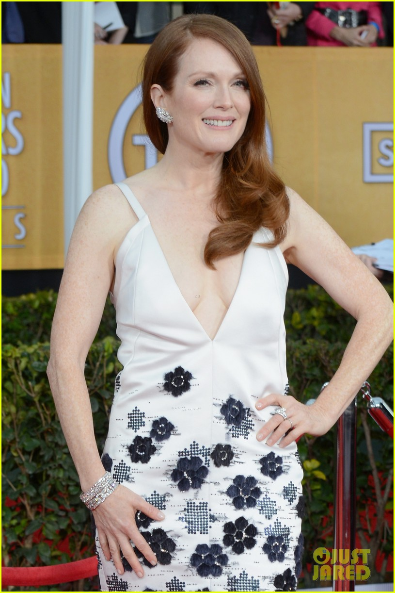 julianne moore sag awards 2013 042799793