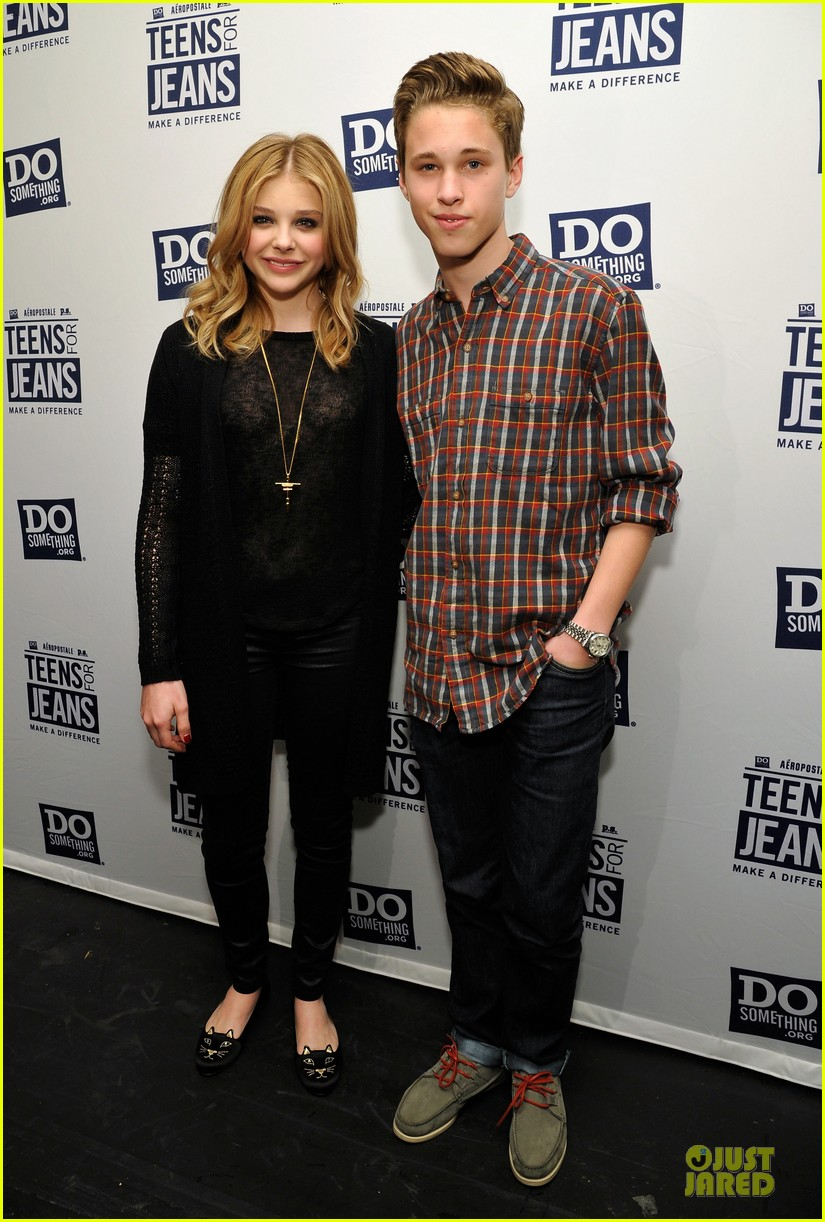 chloe moretz teens for jeans host 032787314