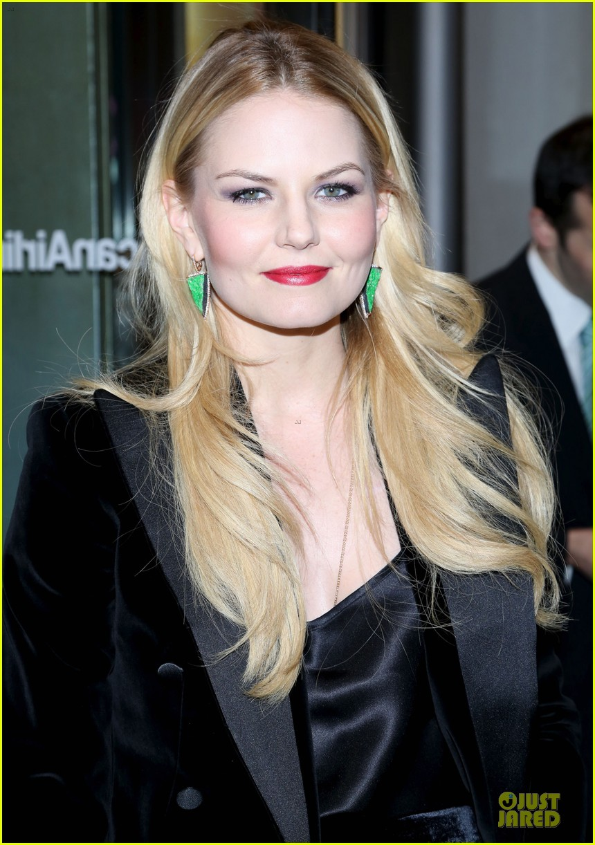 jennifer morrison chace crawford picnic opening night 10