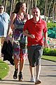 frankie muniz hawaiin vacation with elycia marie 08