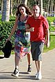frankie muniz hawaiin vacation with elycia marie 12