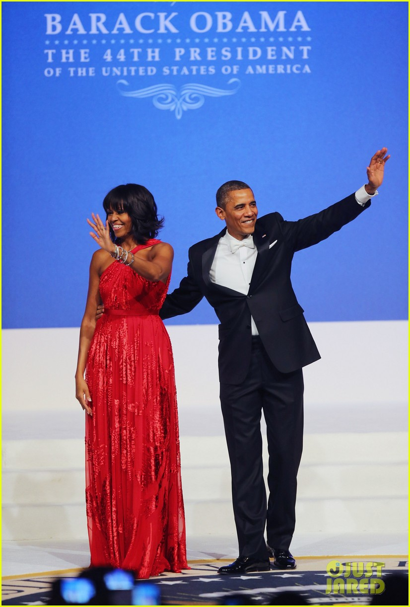 president barack obama michelle inaugural ball dance video 052796407