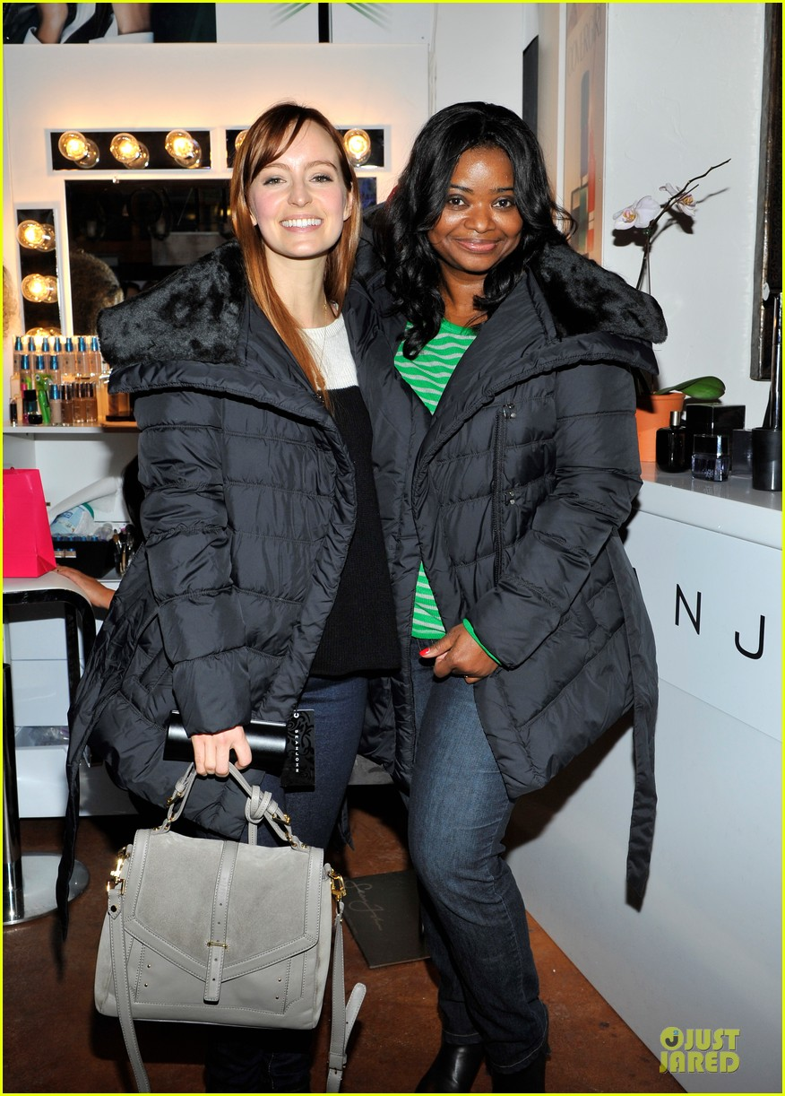 octavia spencer new york cares coat drive supporter at sundance 04