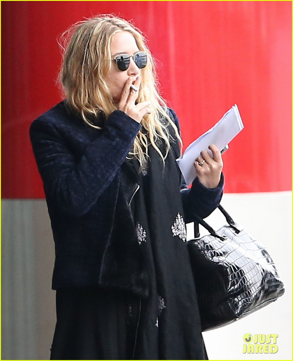 mary kate olsen olivier sarkozy charles de gaulle couple 09