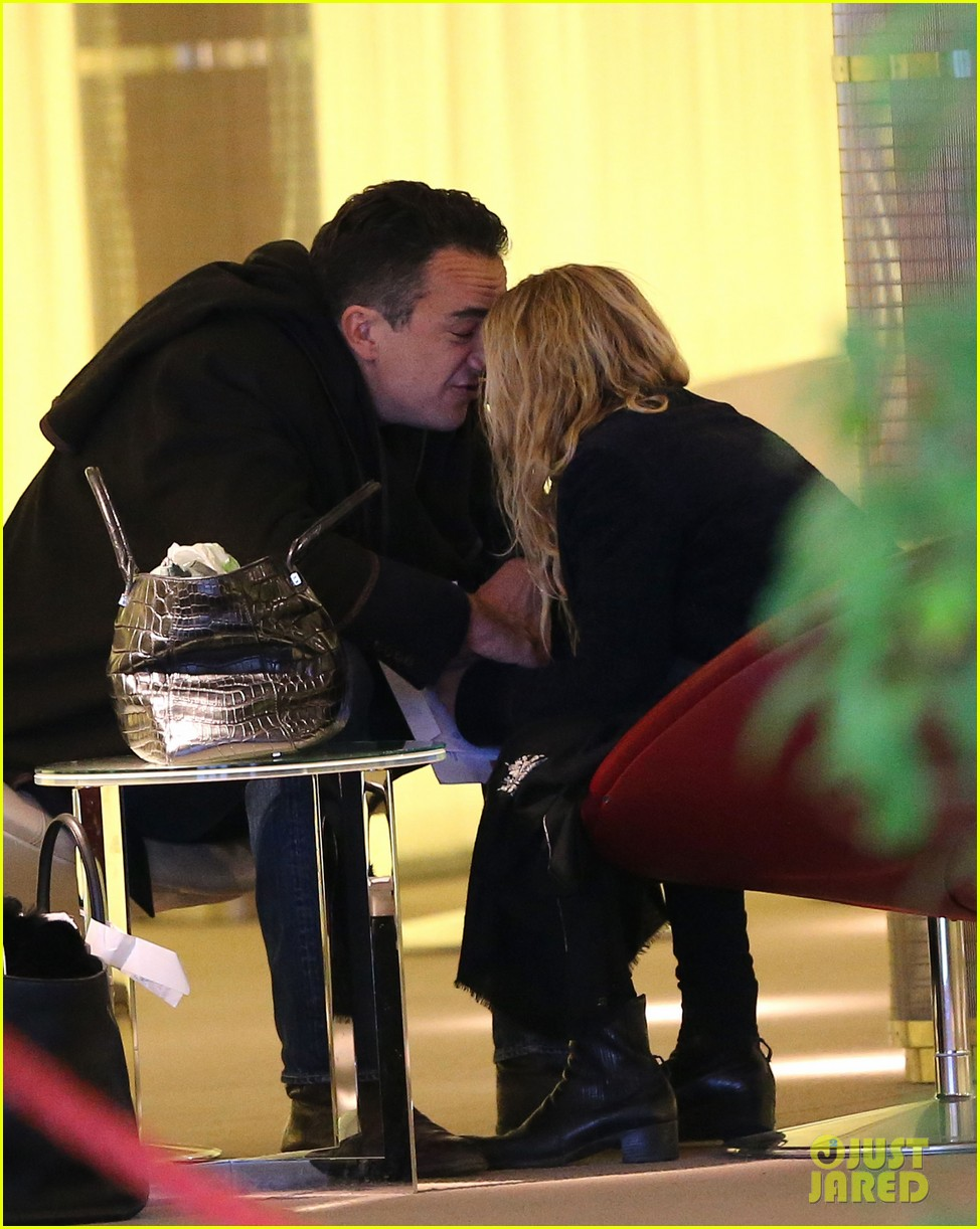 mary kate olsen olivier sarkozy charles de gaulle couple 232786903