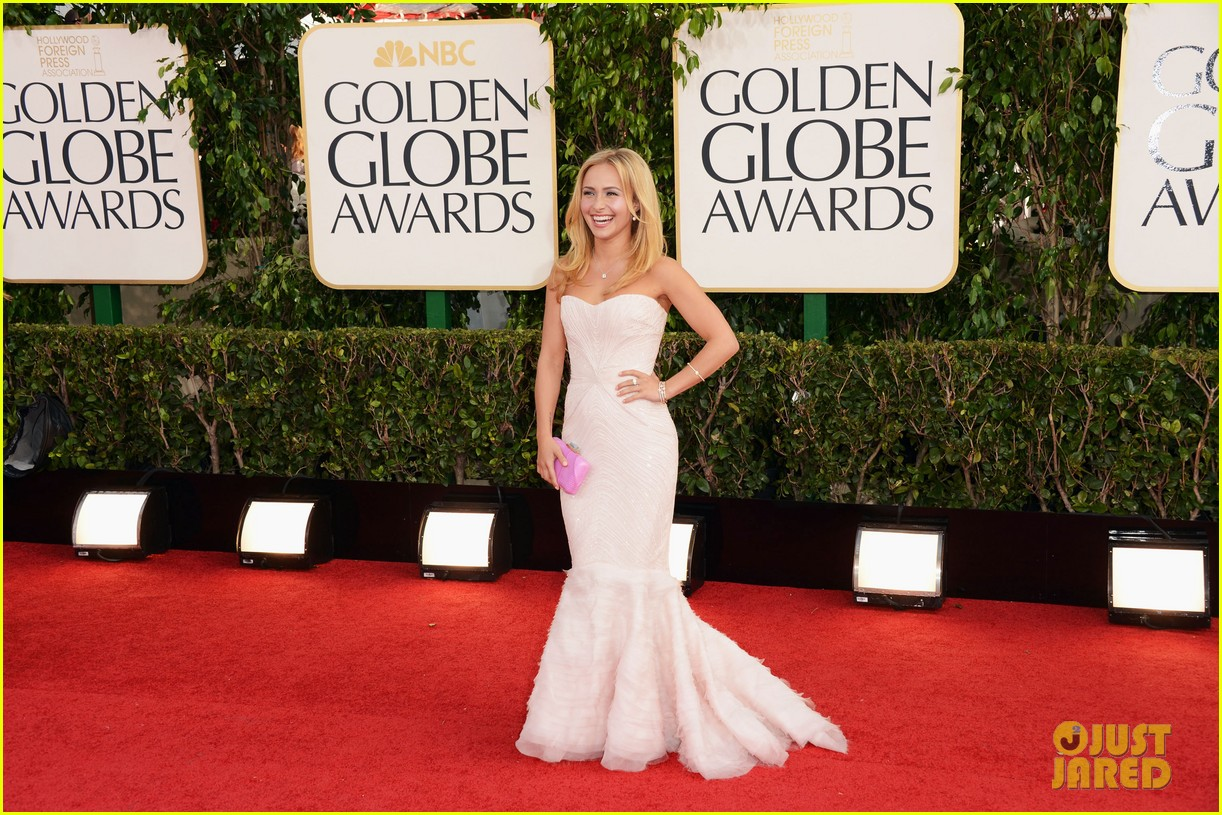 hayden panettiere golden globes 2013 red carpet 032790858