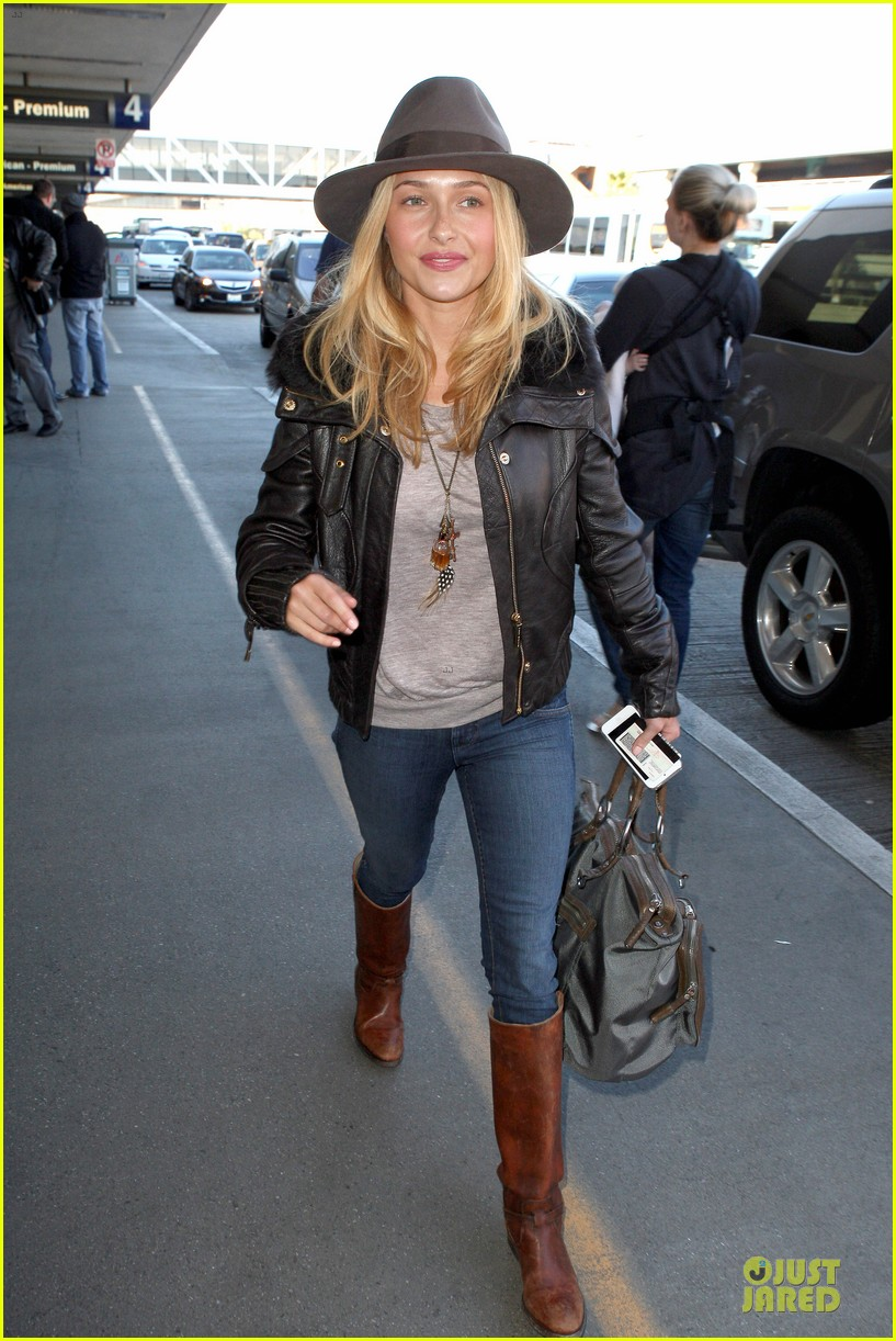 hayden panettiere post golden globes los angeles departure 062792466