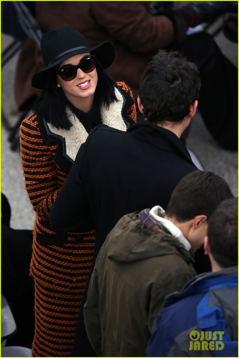 katy perry john mayer attend official presidential inaguration 12