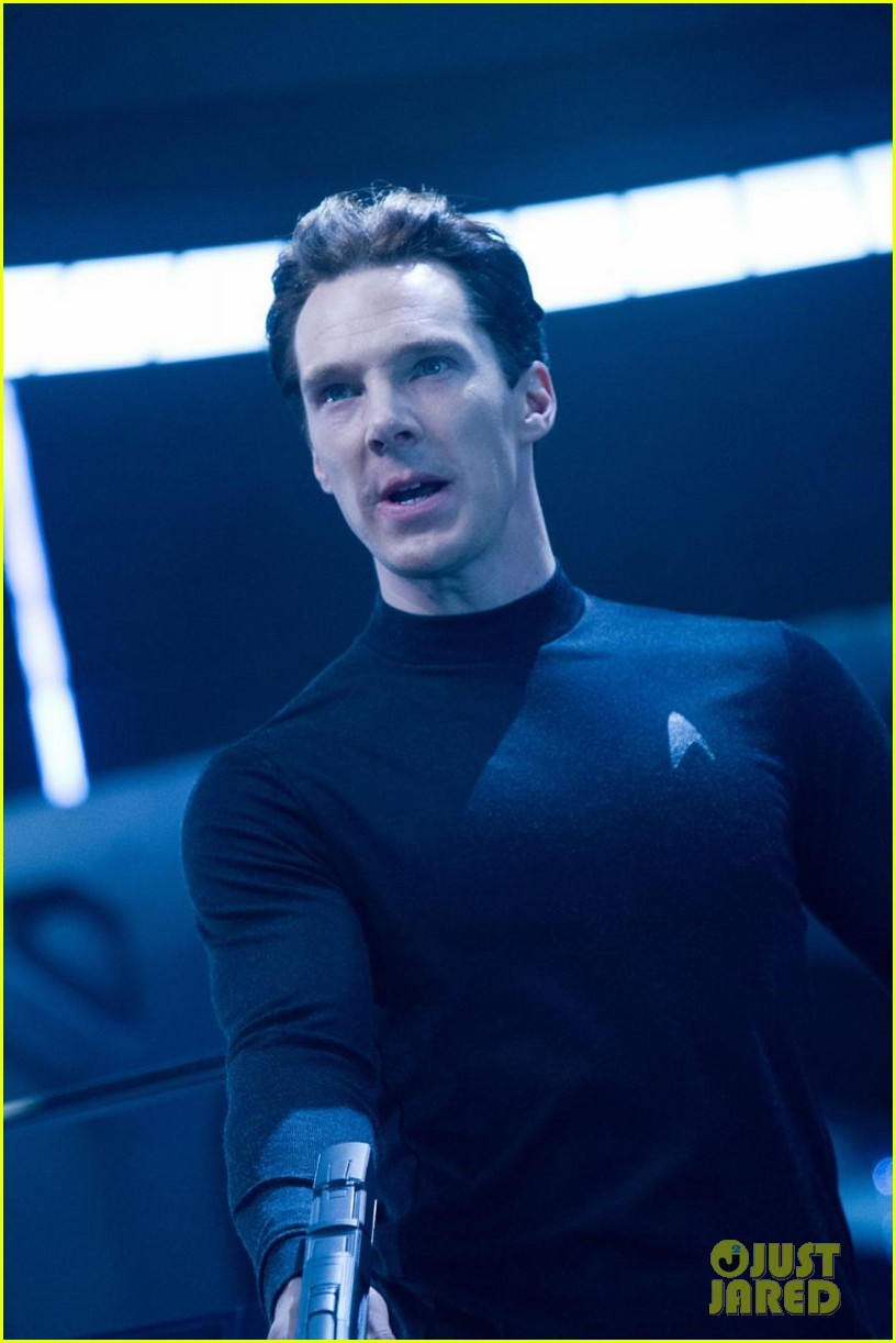 chris pine new star trek into darkness stills 092784633