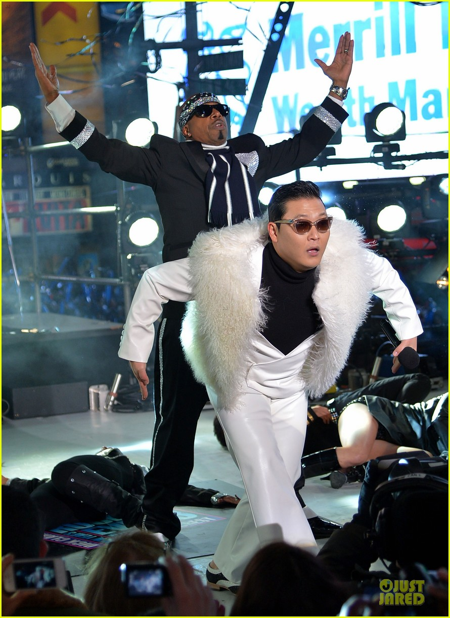 psy & mc hammer dick clark new year rockin eve wtih ryan seacrest duo 05