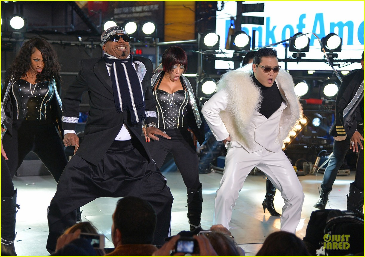 psy & mc hammer dick clark new year rockin eve wtih ryan seacrest duo 092783090
