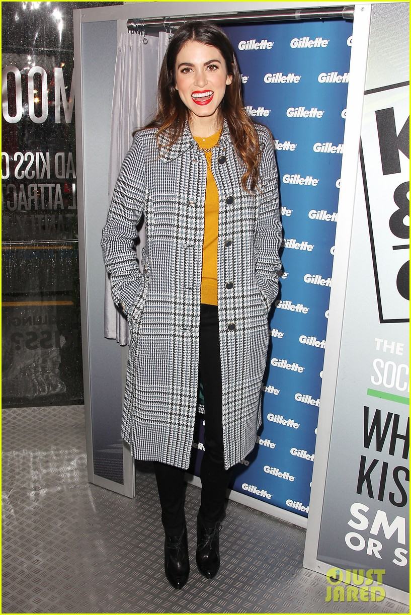 nikki reed kiss tell event for gillette 18
