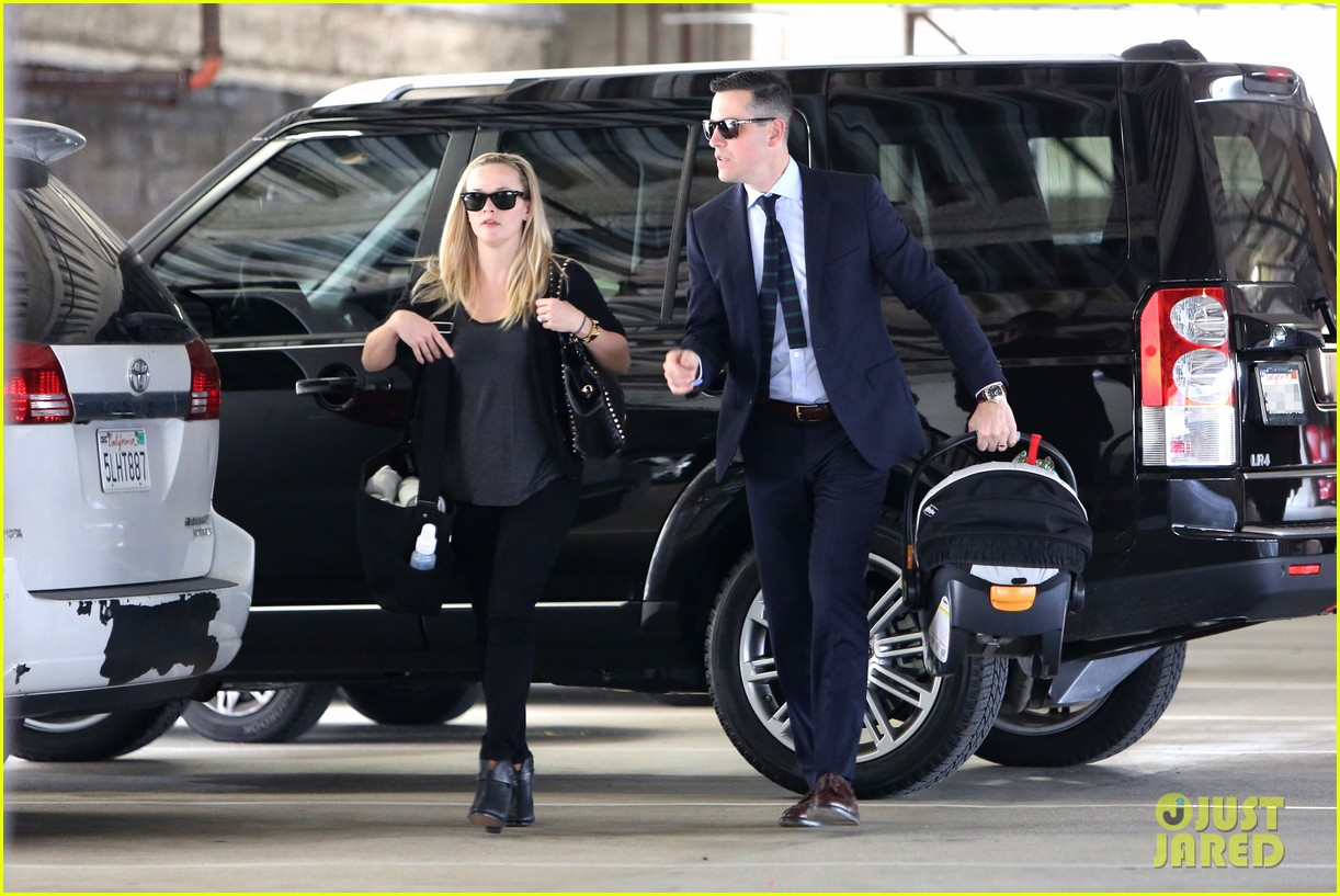 reese witherspoon doctors appointment with tennessee 172800834