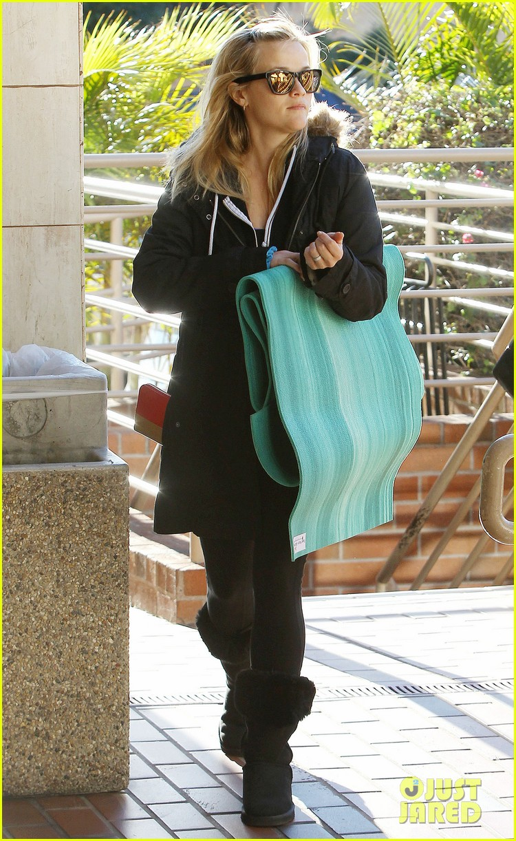 reese witherspoon to work with sofia vergara 082793644