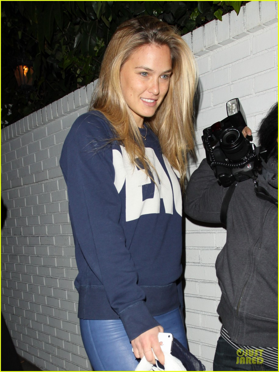bar refaeli & danica patrick go daddy super bowl gals 042785136