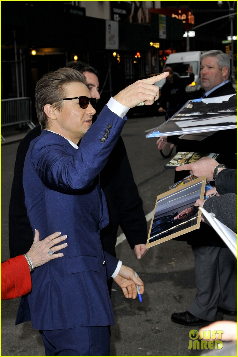 jeremy renner late show appearance 04