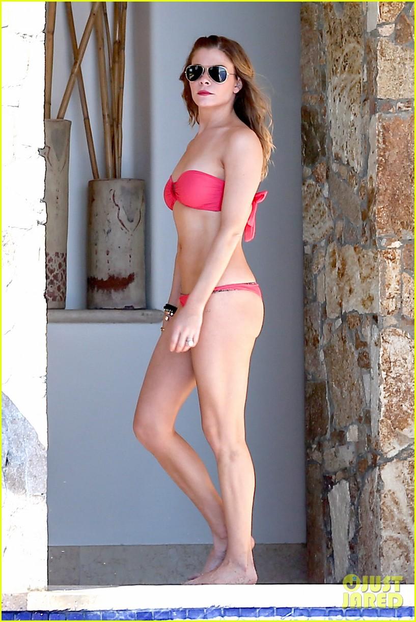 leann rimes cabo bikini babe 01