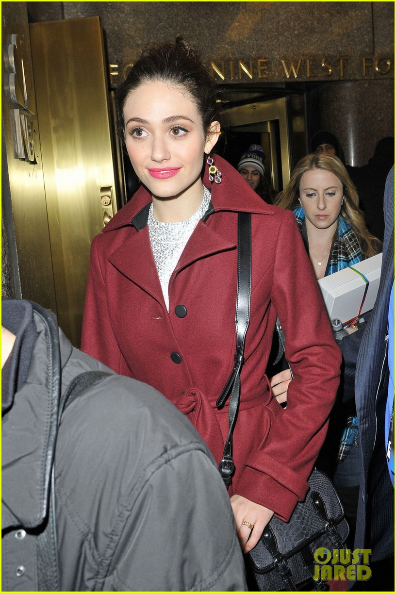 emmy rossum late night with jimmy fallon appearance 05