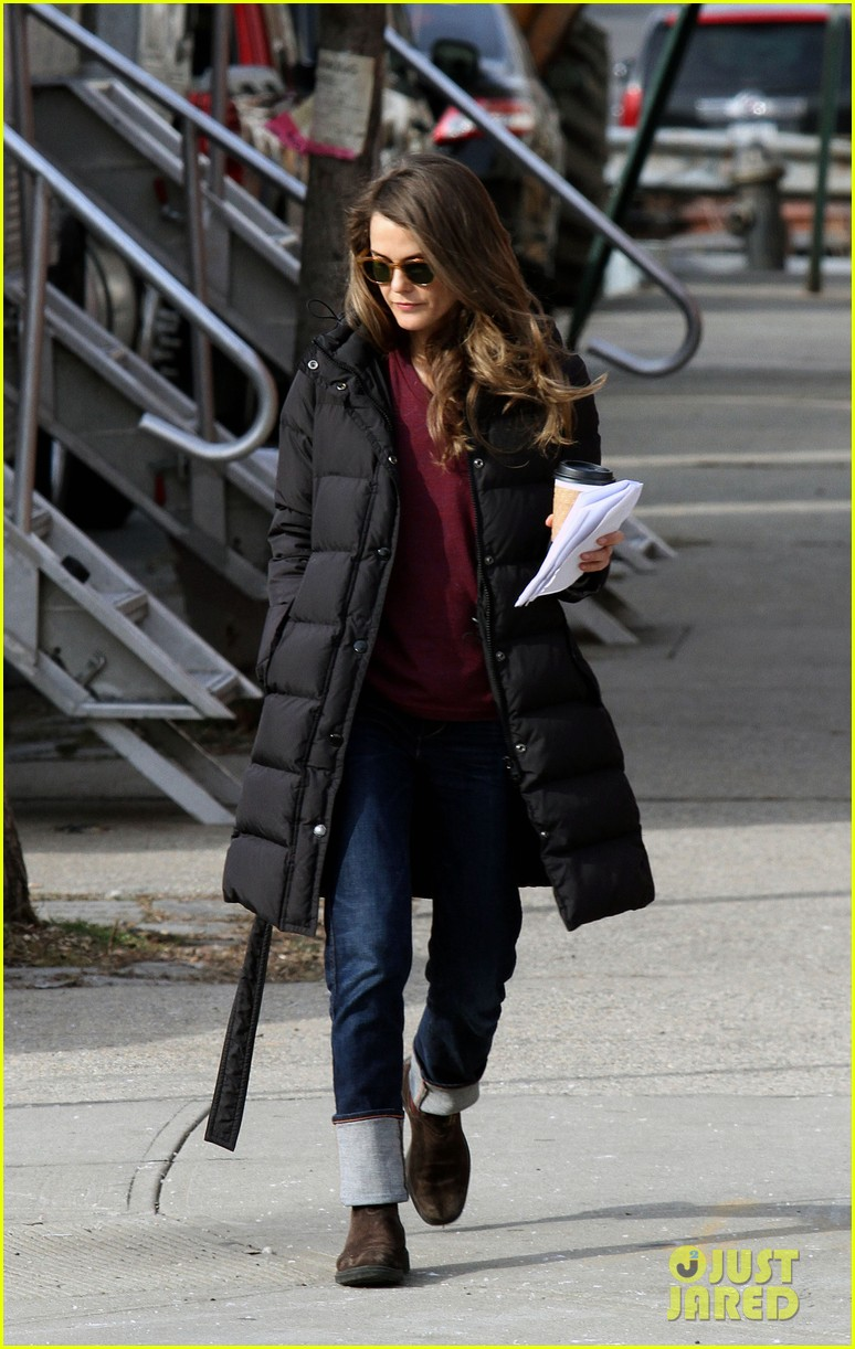 keri russell the americans pilot stills released 03