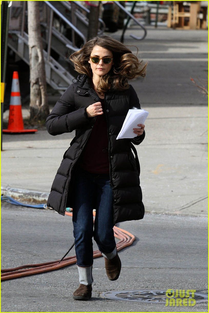 keri russell the americans pilot stills released 20
