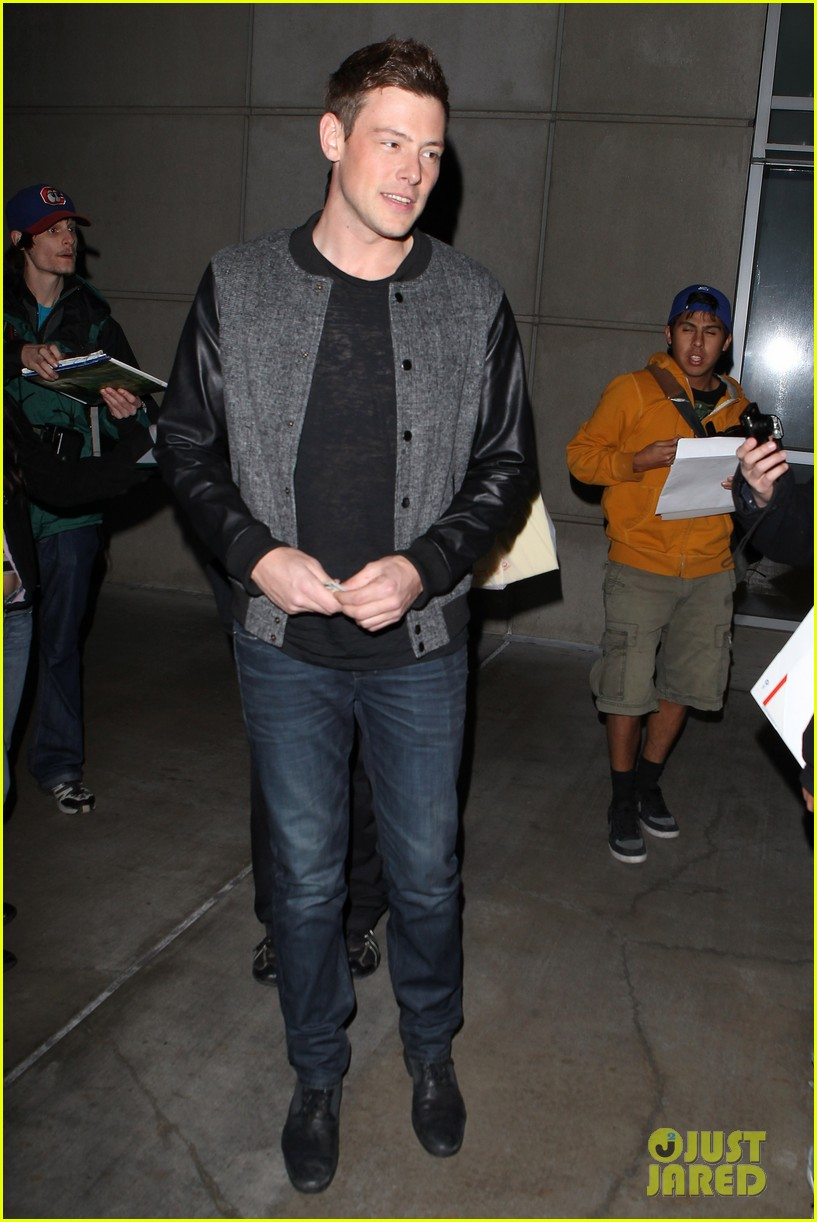 patrick schwazenegger taylor lautner lakers game guys 182794139