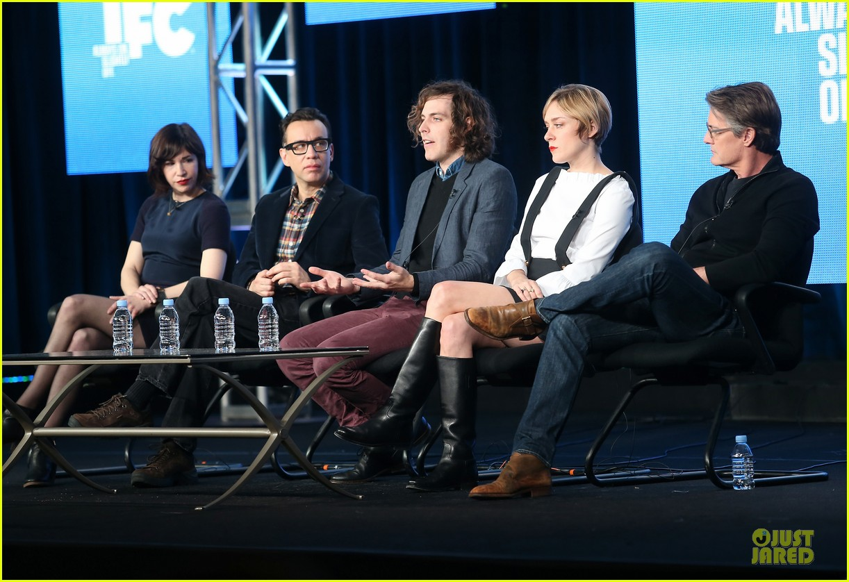 chloe sevigny & carrie brownstein porlandia tca panel 29