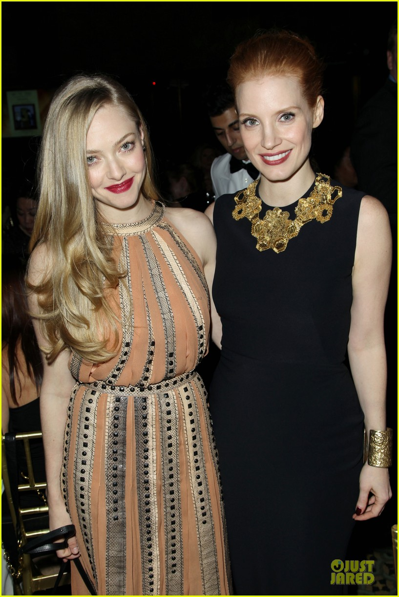 amanda seyfried & eddie redmayne nbr awards gala 2013 15