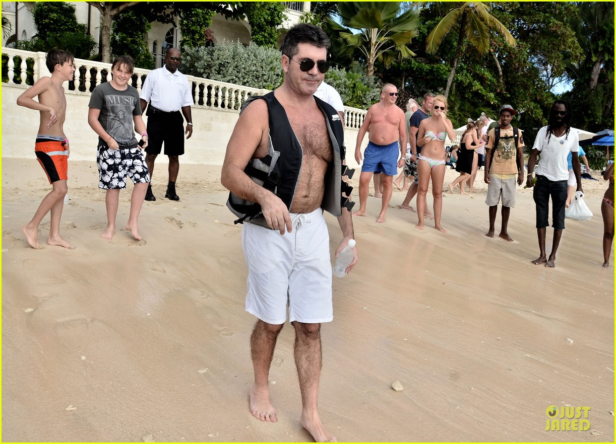 simon cowell shirtless new years eve with mezhgan huissany 08