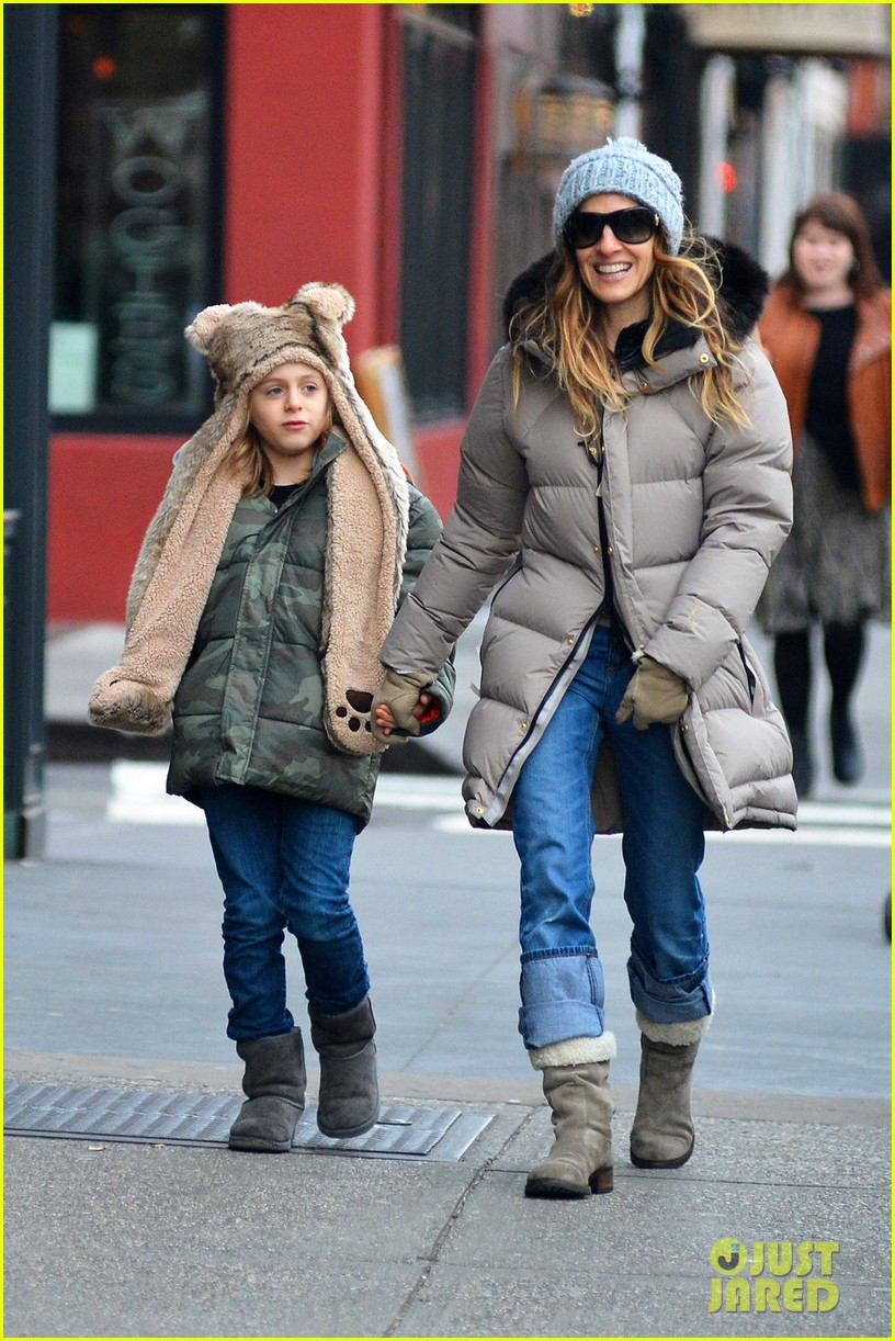 sarah jessica parker james wears bear hat 032784411