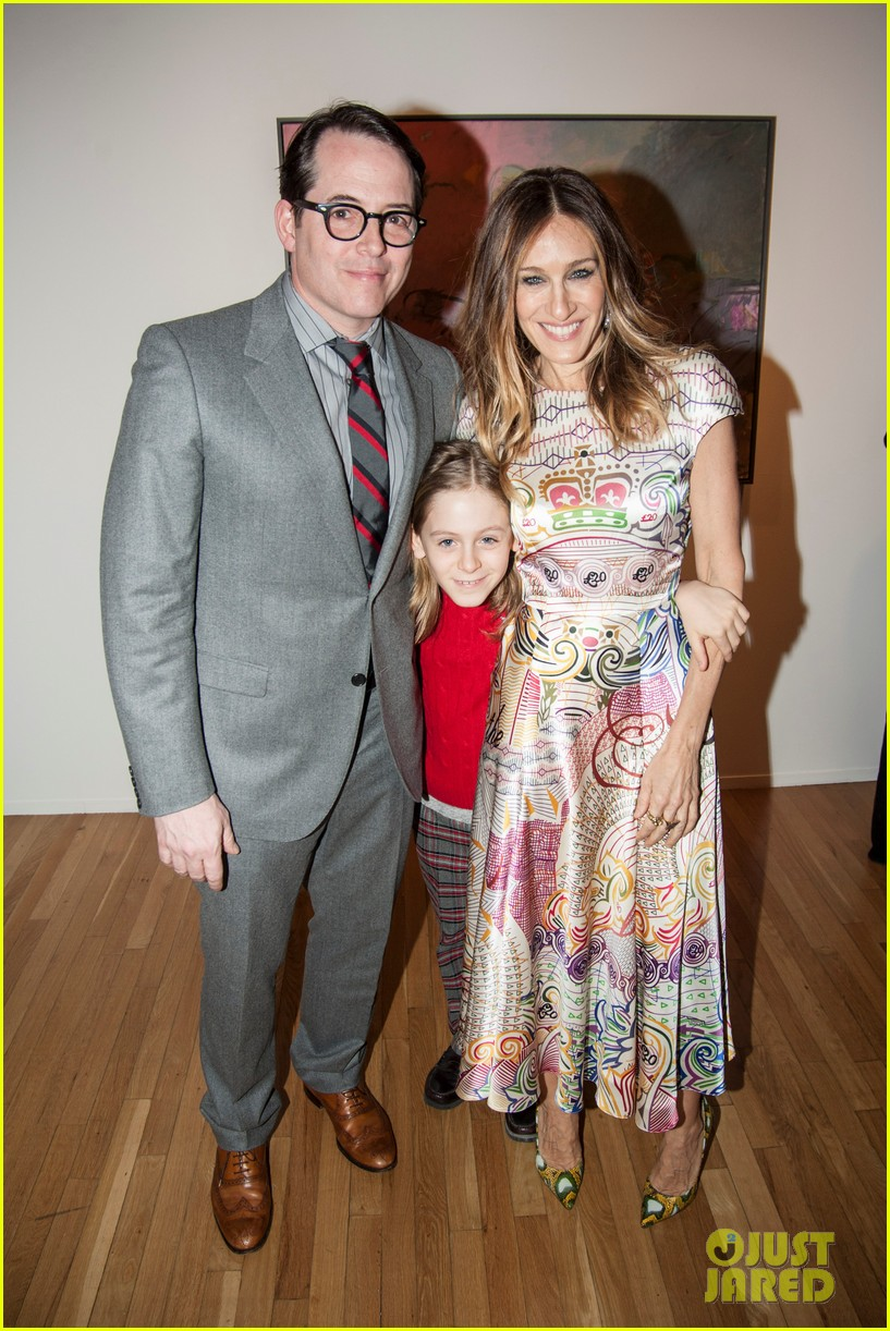 sarah jessica parker celebrates patricia brodericks paintings 02