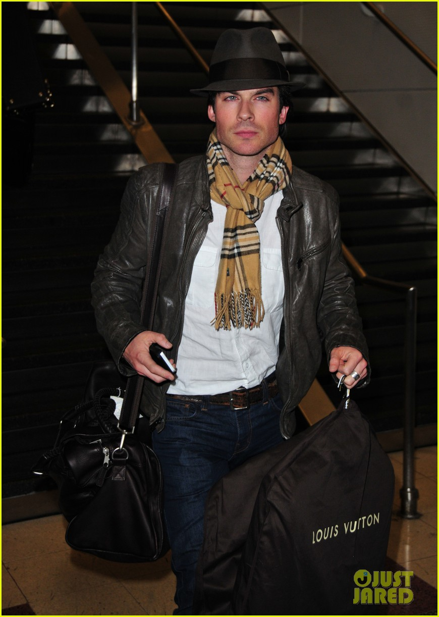 ian somerhalder ready for the inauguration 01