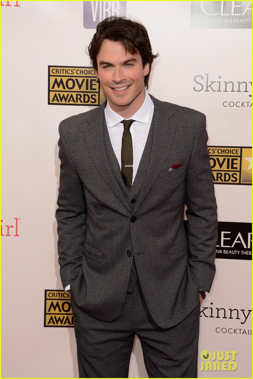 ian somerhalder nina dobrev critics choice awards 2013 09