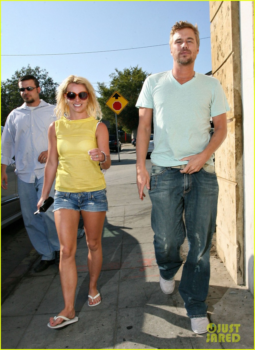 britney spears jason trawick split relationship in photos 172789475