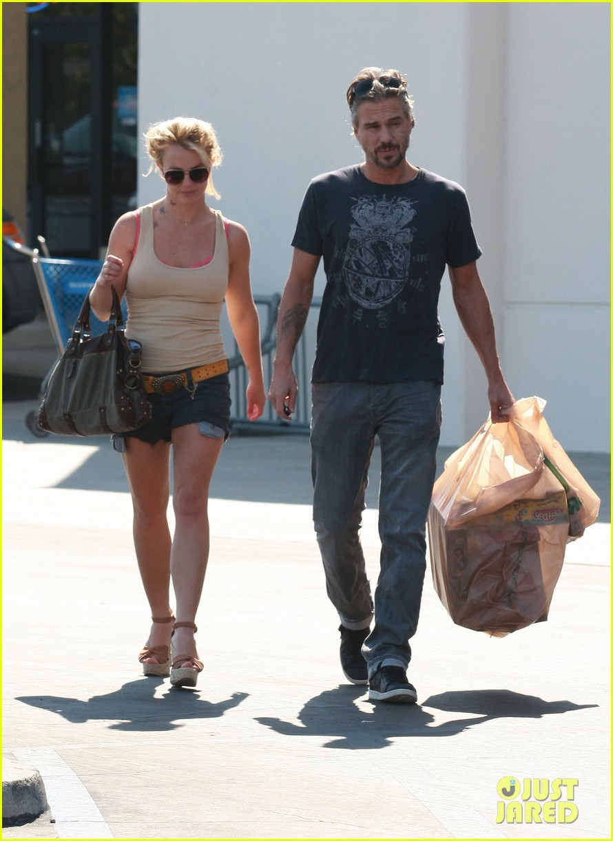 britney spears jason trawick split relationship in photos 282789486