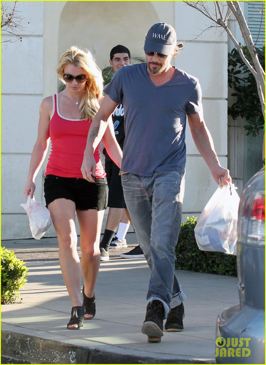 britney spears jason trawick split relationship in photos 292789487