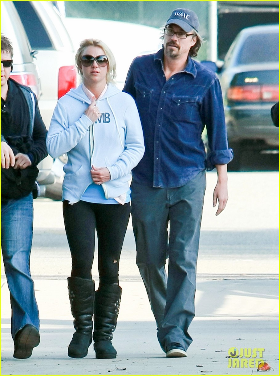 britney spears jason trawick split relationship in photos 362789494