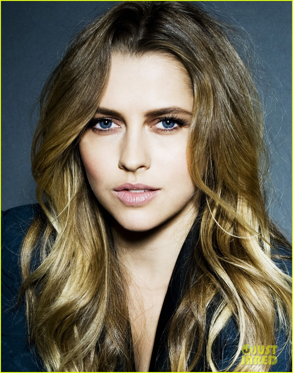 teresa palmer photo shoot justjared exclusive 02