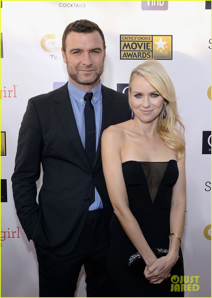 naomi watts liev schreiber critics choice awards 2013 06