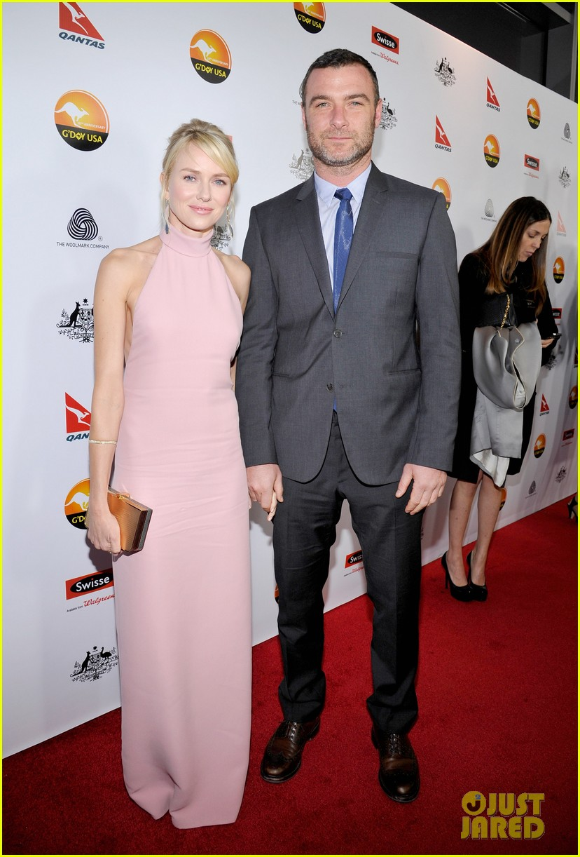 naomi watts liev schreiber gday usa gala 2013 01