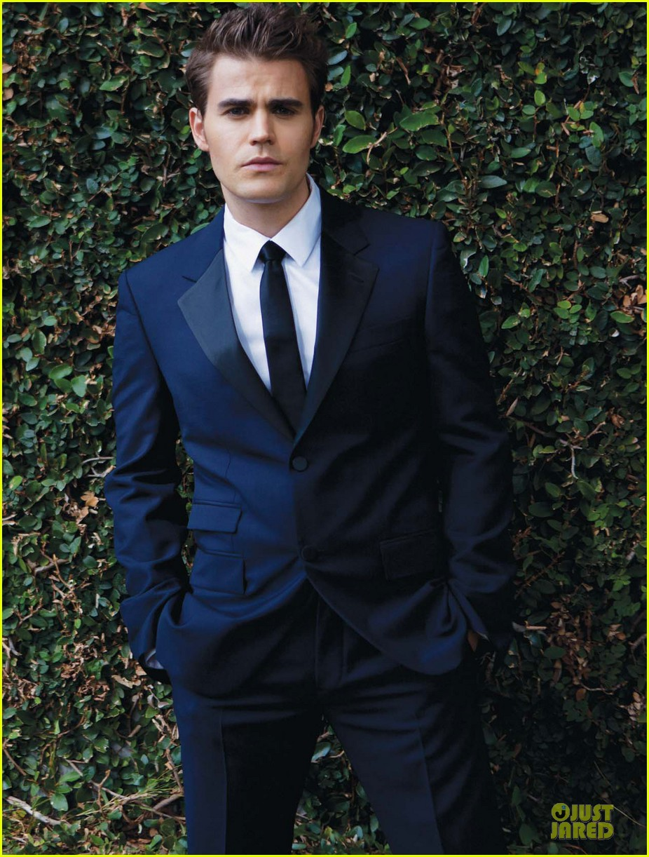 paul wesley bites august man magazine january 2013 082798771