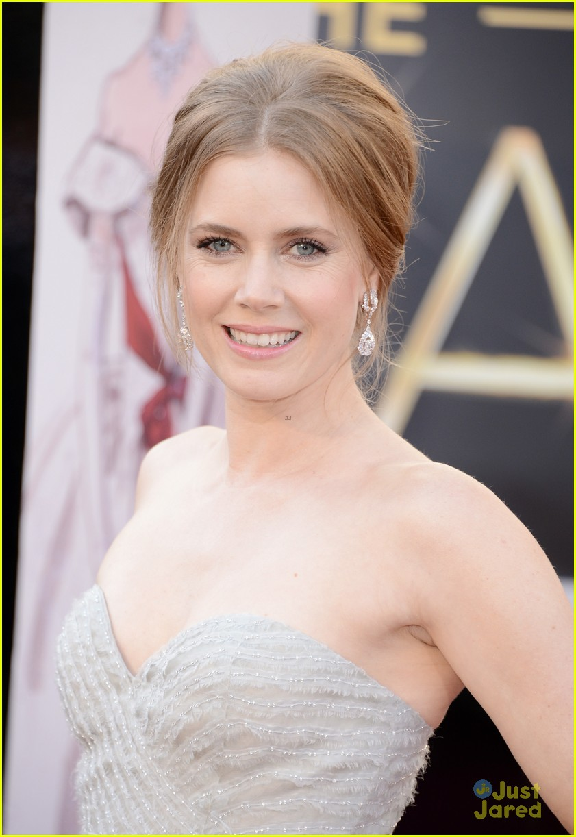 amy adams darren le gallo oscars 2013 red carpet 042818978