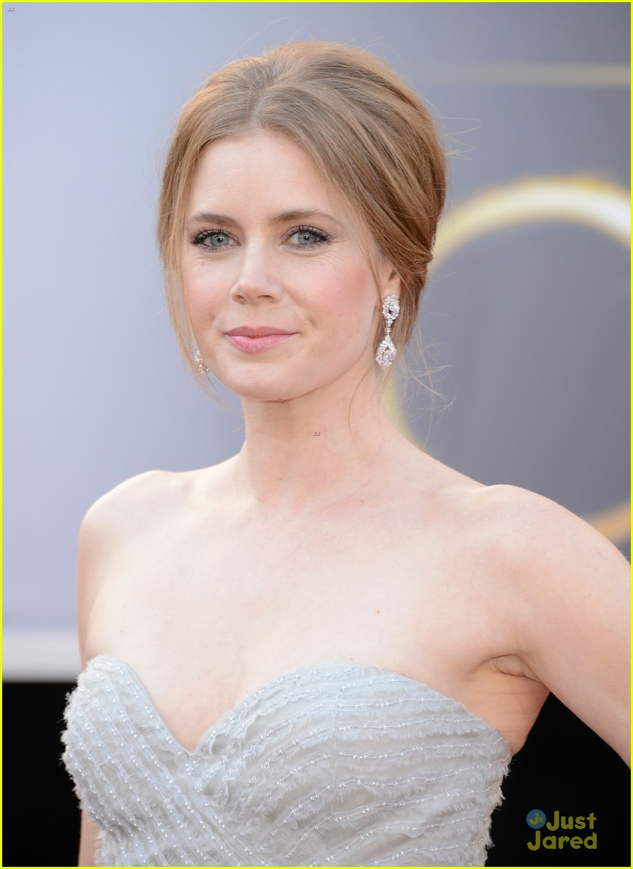amy adams darren le gallo oscars 2013 red carpet 06