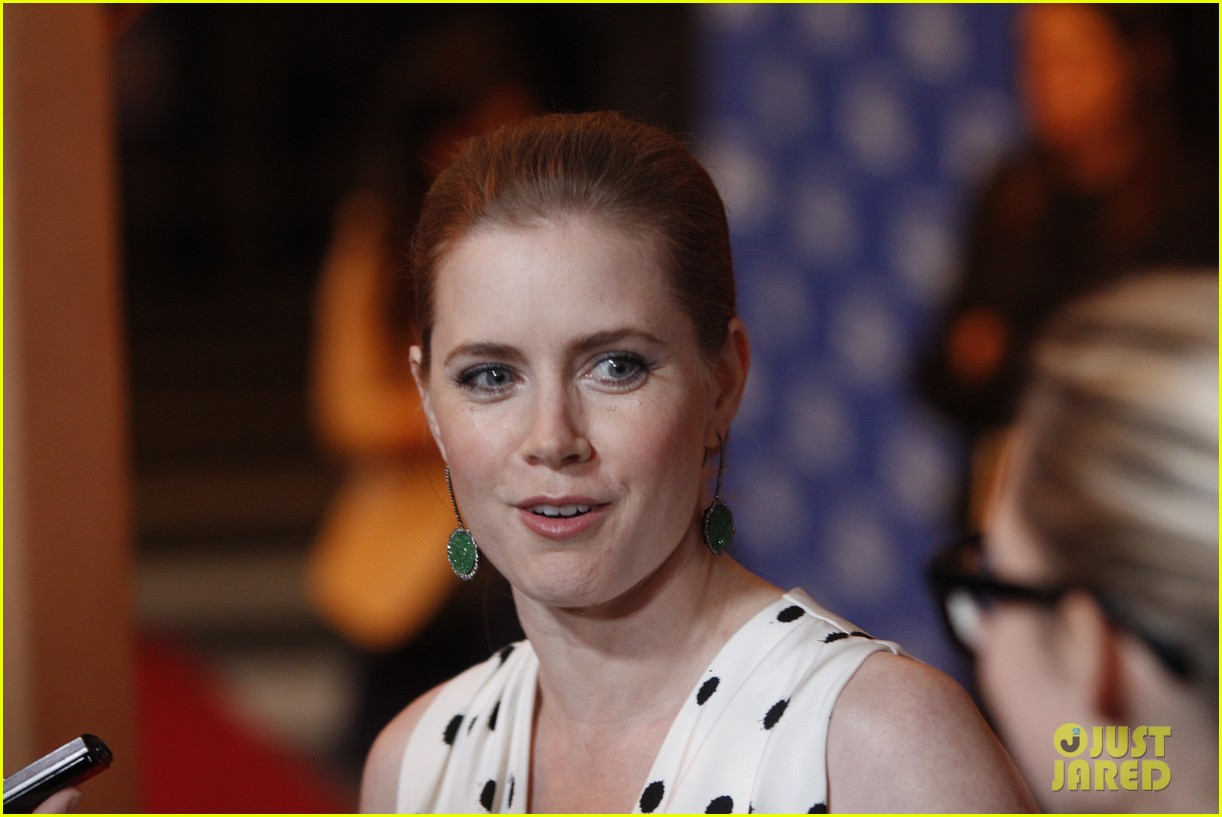 amy adams cinema vanguard award winner at sbiff 04