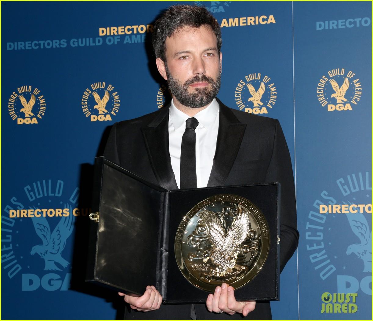ben affleck wins dga award 2013 despite oscar snub 13
