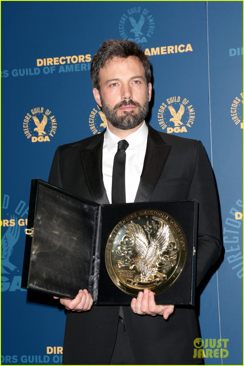 ben affleck wins dga award 2013 despite oscar snub 142803751