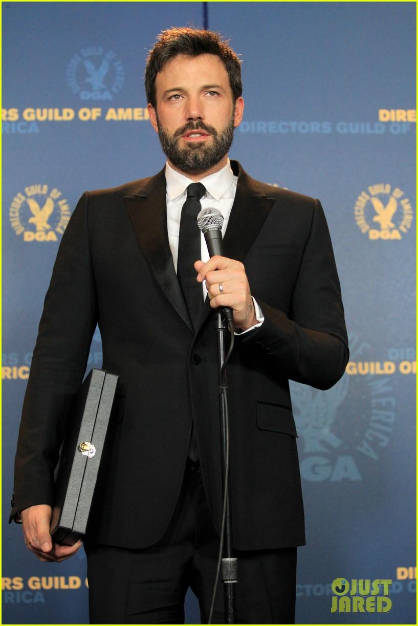 ben affleck wins dga award 2013 despite oscar snub 15