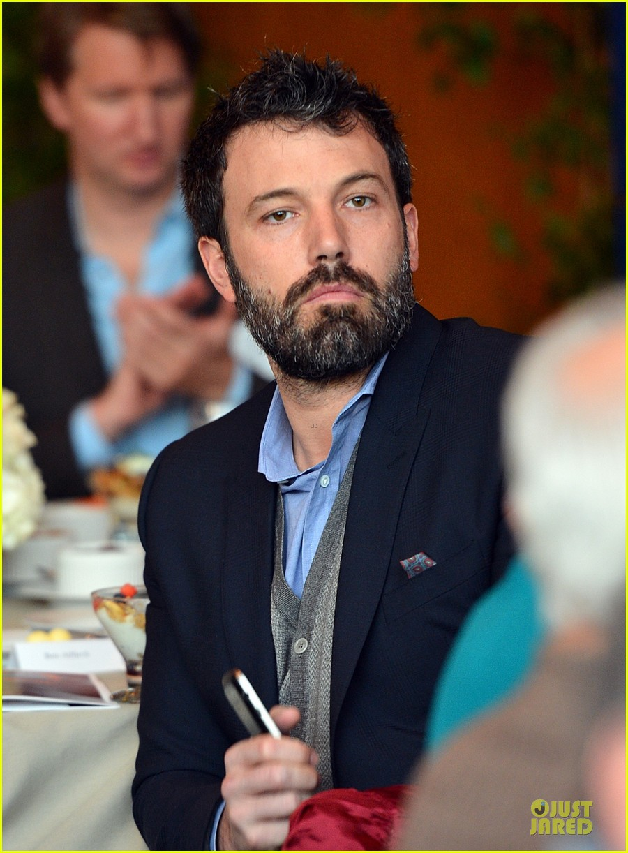 ben affleck directors guild of americas awards presidents breakfast 14