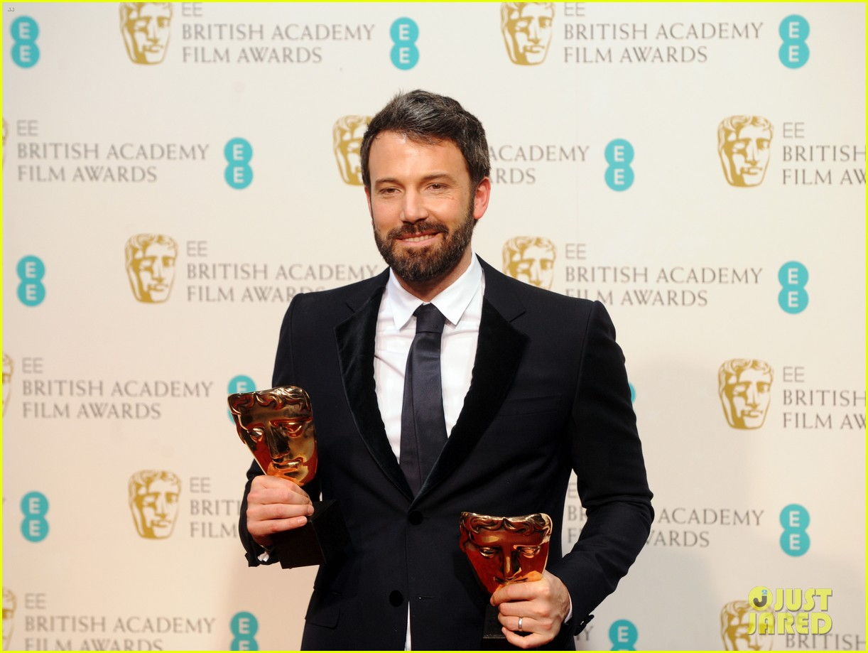 ben affleck wins baftas best director best film 2013 01