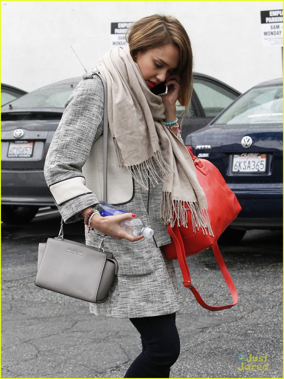 jessica alba im not as crazy as my escape from planet earth character 67