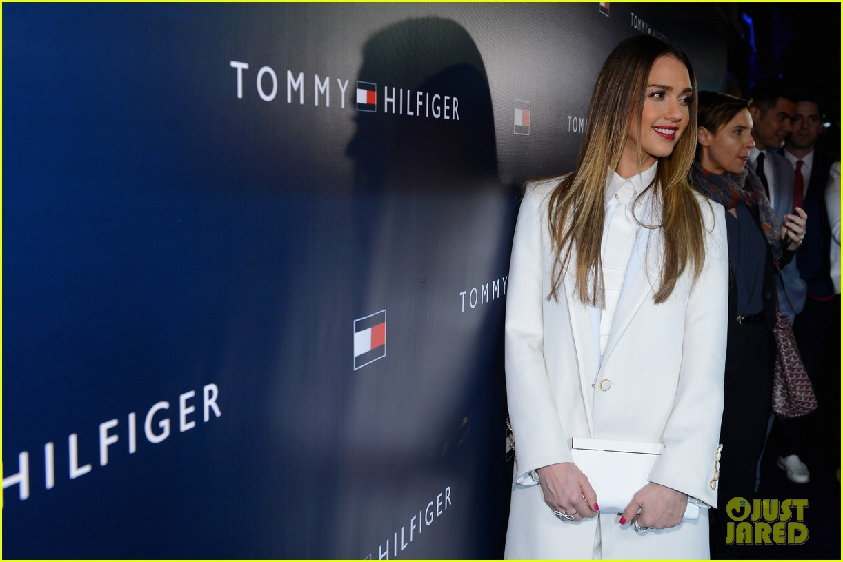 jessica alba drew barrymore tommy hilfiger store opening 10